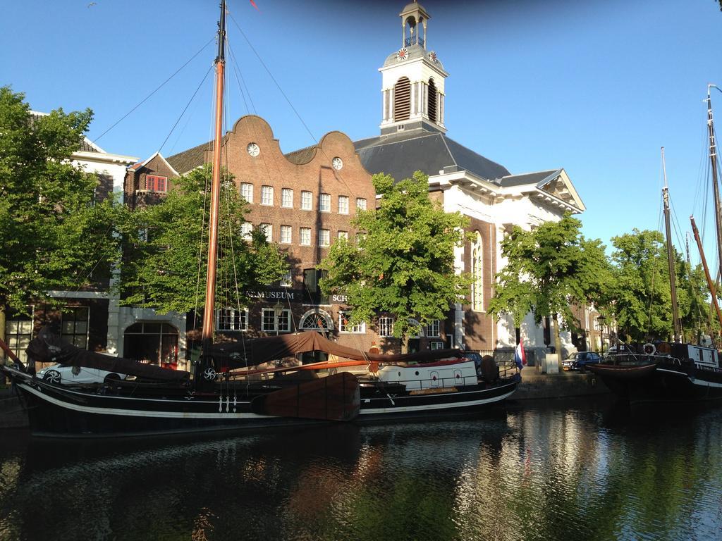Slapen naast de ketels van het Jenevermuseum in Schiedam