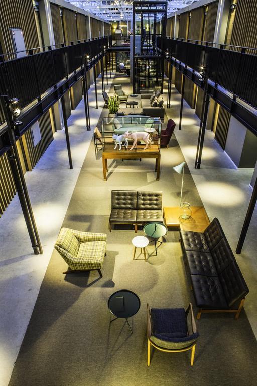 Slapen in voormalig tramremise Hotel De Hallen Amsterdam 3