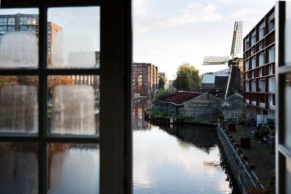 Slapen in brugwachtershuisje Amsterdam 10