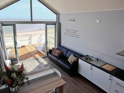 Slapen op het strand in een strandhuisje Landal Julianadorp aan zee Ooghduyne 6