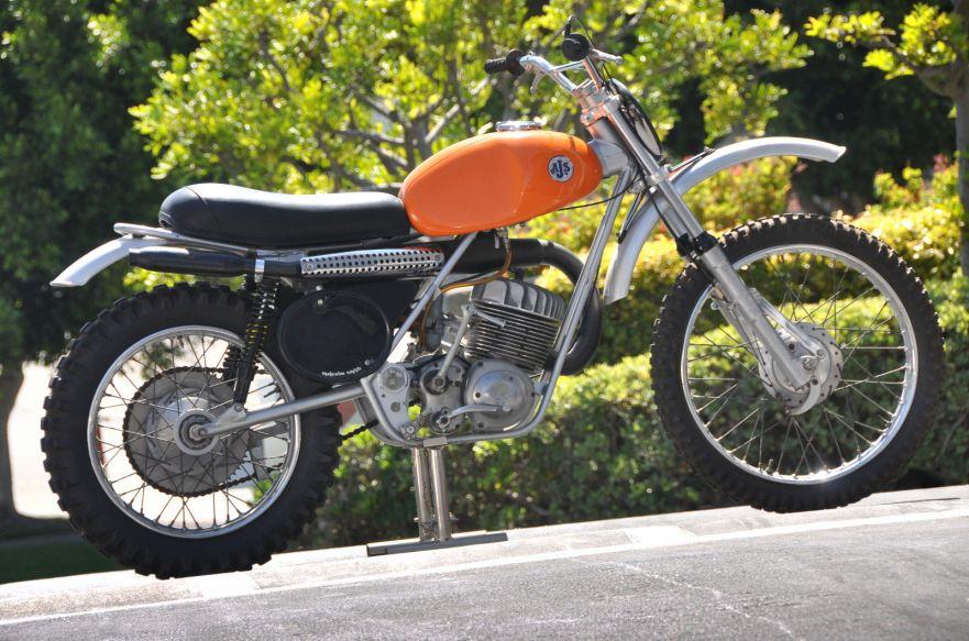 Press Bike – 1971 AJS Stormer 250 – Bike-urious