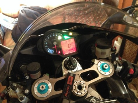 Aprilia RSV 1000 R Nera - Cockpit