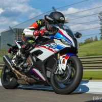 A Closer Look - 2020 BMW S1000RR