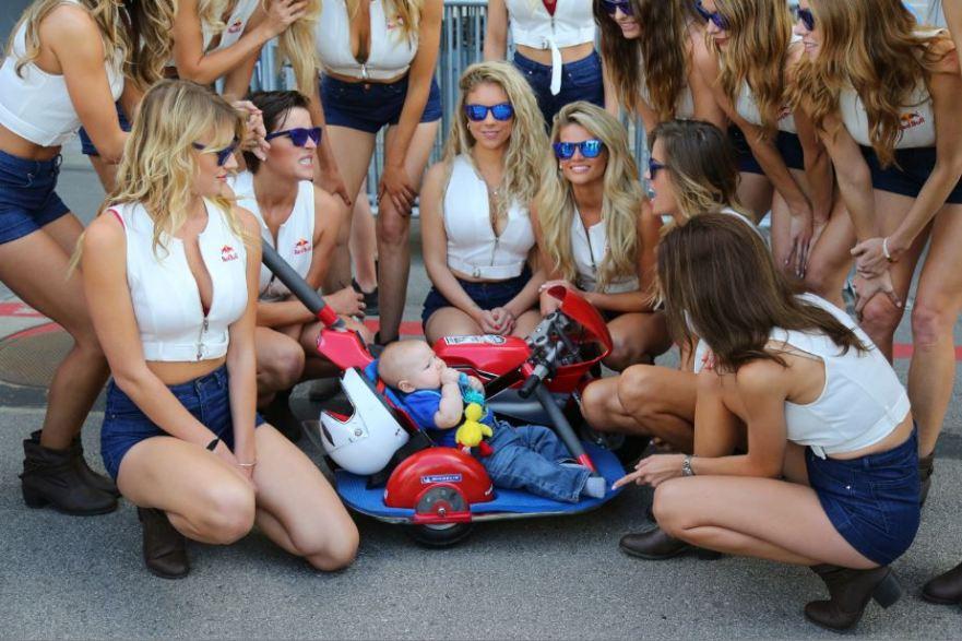 Bike-urious MotoGP Austin - Red Bull Girls with Kid