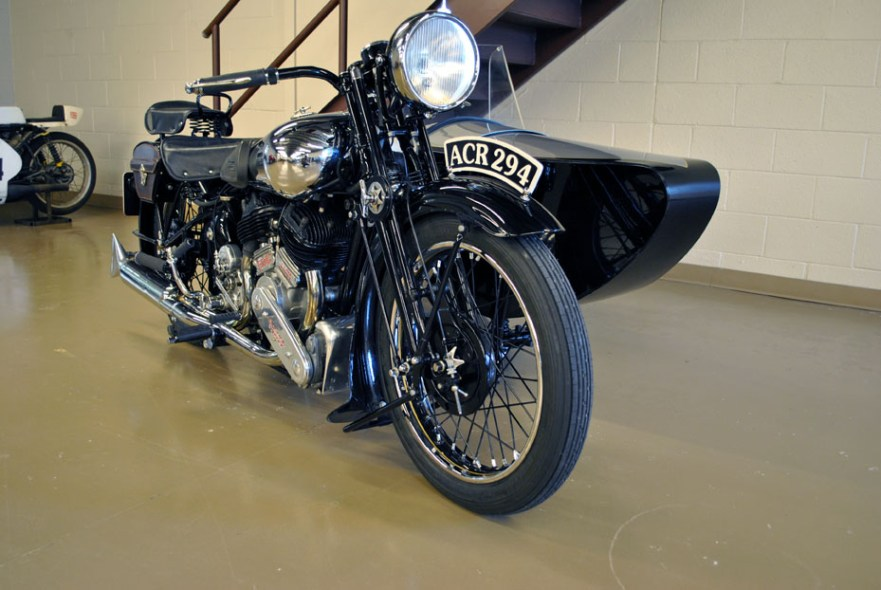 Brough Superior SS80 - Front Right