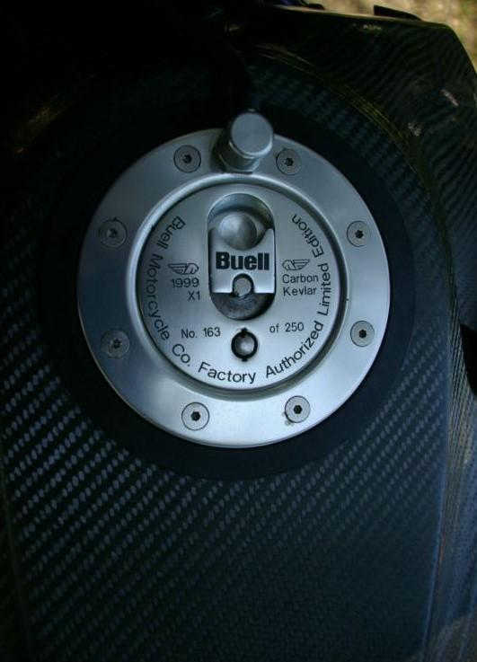 Buell X1 Lightning Carbon Fiber Extreme - Gas Tank