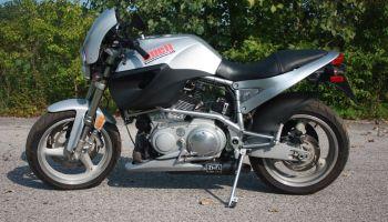 572 of 800 – 2000 Buell X1 Lightning Millennium – Bike-urious
