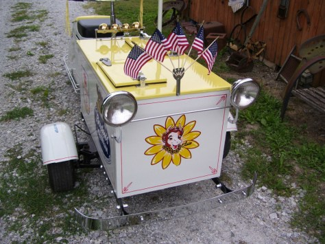 Cushman Ice Cream Scooter - Front