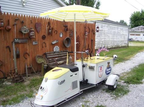 Cushman Ice Cream Scooter - Right Rear