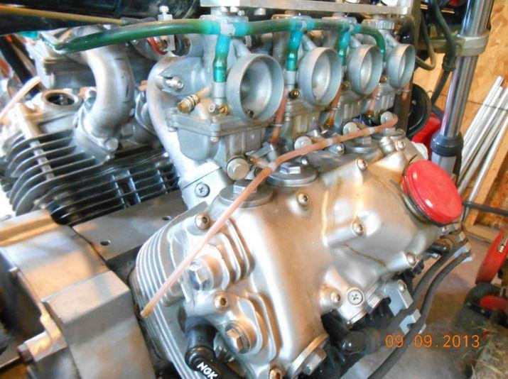 Dennis Franz V8 - Engine