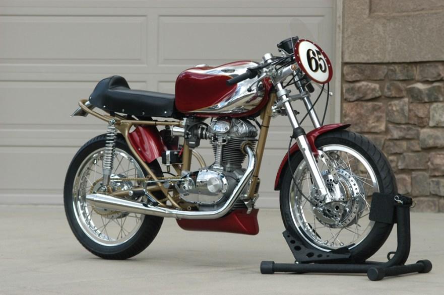 Ducati 250 Narrowcase Road Racer - Front Right