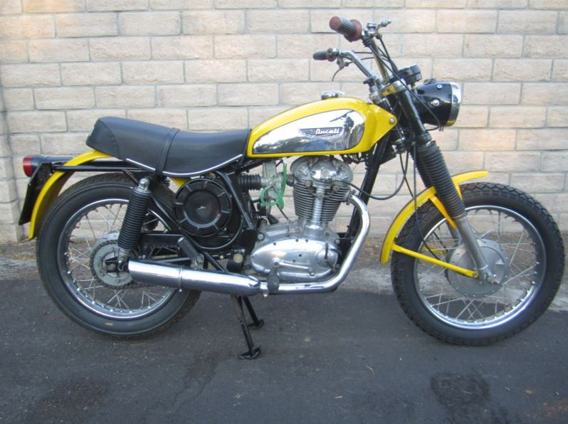 Ducati 450 Scrambler - Right Side