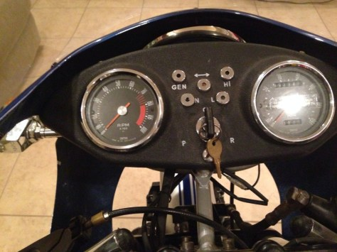 Ducati 900 SuperSport - Gauges