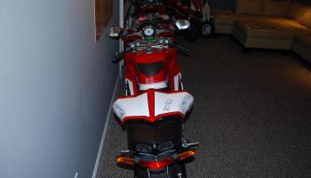 1 of 300: 2006 ducati 999r | bike-urious