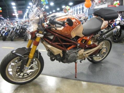 Ducati Monster 1100 S - Left Side