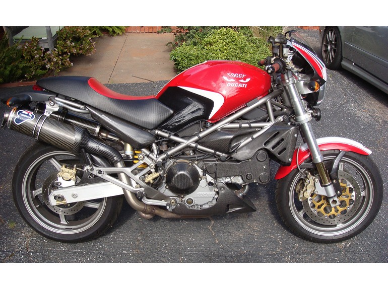 ducati monster s4 fogarty right side bike urious. Black Bedroom Furniture Sets. Home Design Ideas