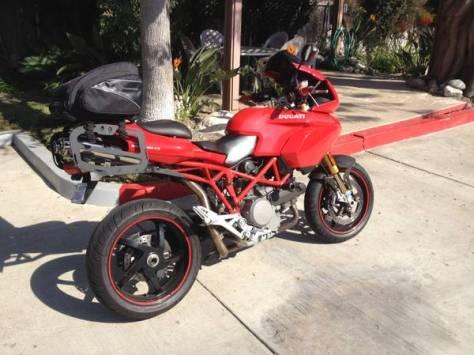 Ducati Multistrada 1100S - Right Side