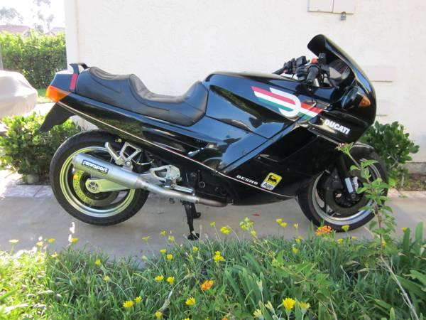 Ducati Paso - 1