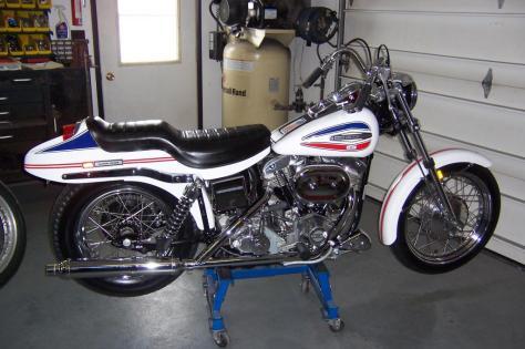 Harley-Davidson FX Super Glide - Right Side