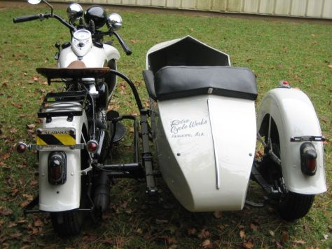 Harley-Davidson Knucklehead with Sidecar - Rear
