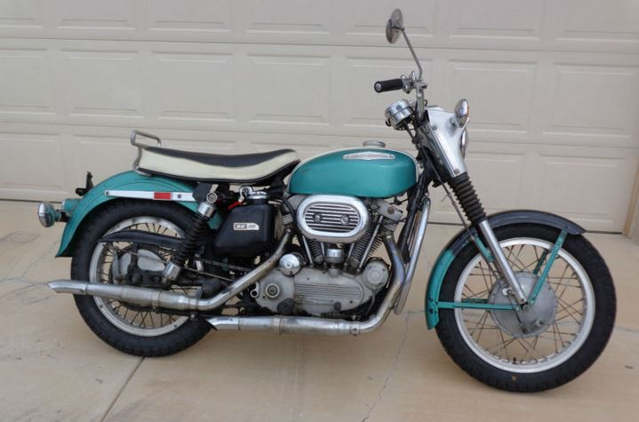Harley-Davidson Sportster XLH - Right Side