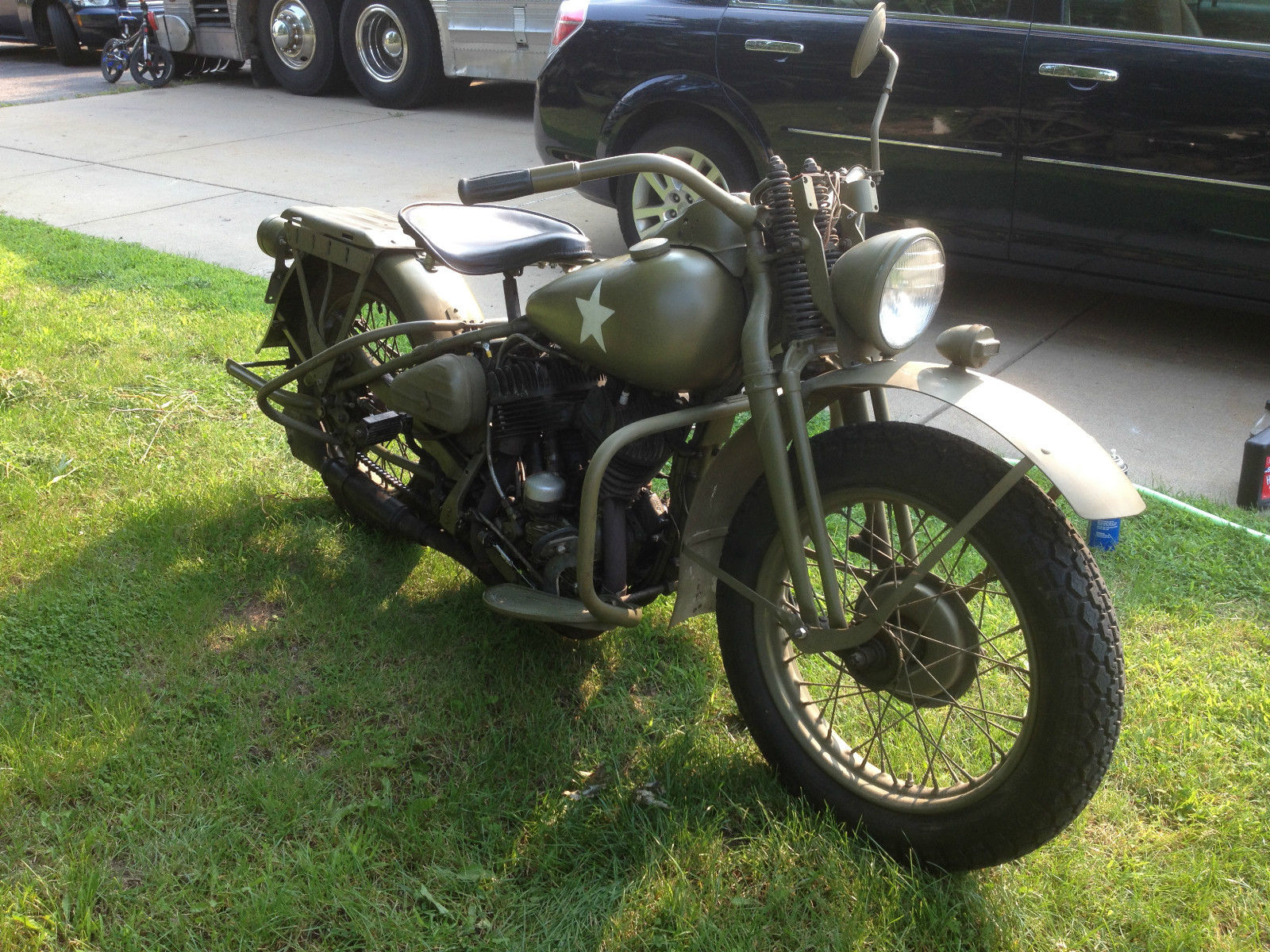 the liberator 1945 harley davidson wla bike urious. Black Bedroom Furniture Sets. Home Design Ideas