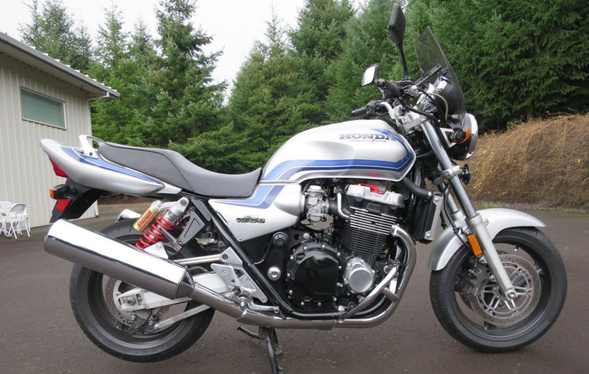 Rare in the US - 2000 Honda CB1300