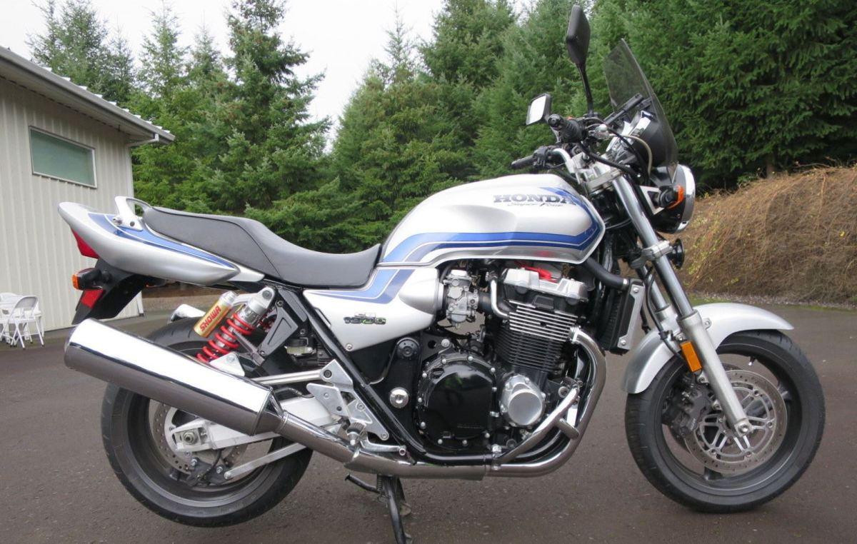 Rare in the US - 2000 Honda CB1300
