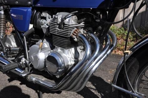Honda CB400F - Pipes