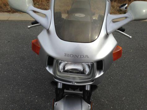 Honda CBR1000F Hurricane - Front