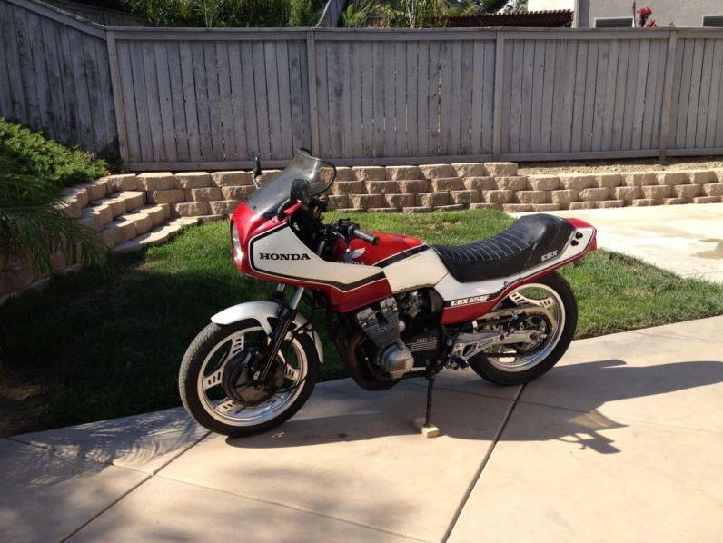 Honda CBX550 - Left Side