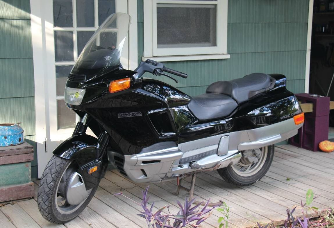 Good For A Laugh - 1993 Honda PC800 Pacific Coast