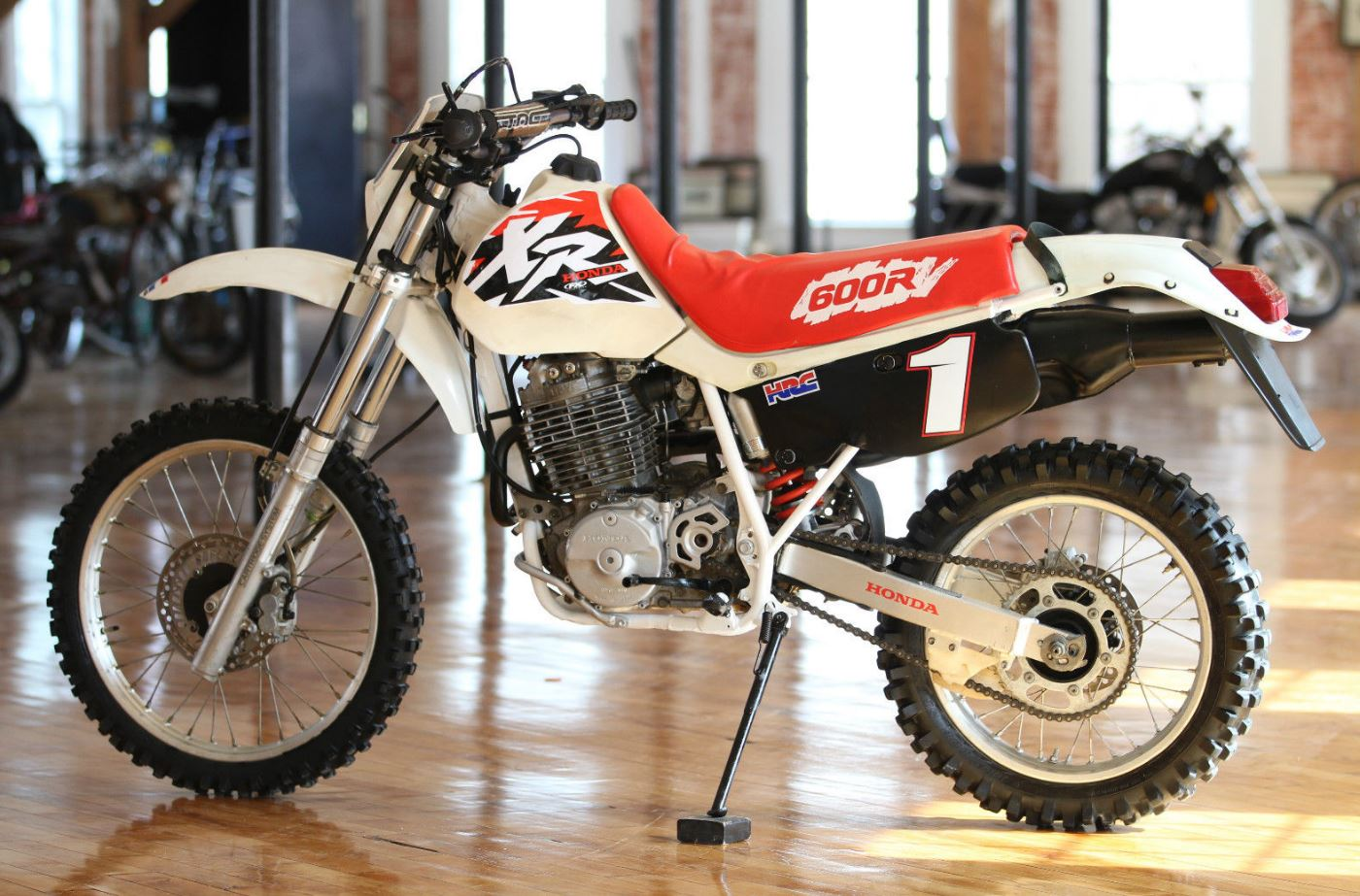 did anyone here buy that xr600r that was on portland cl. Black Bedroom Furniture Sets. Home Design Ideas