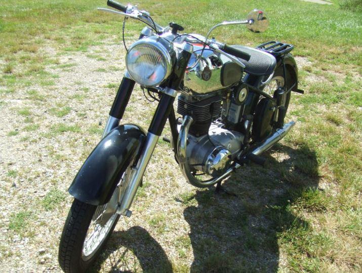 Horex Regina 250 - Front