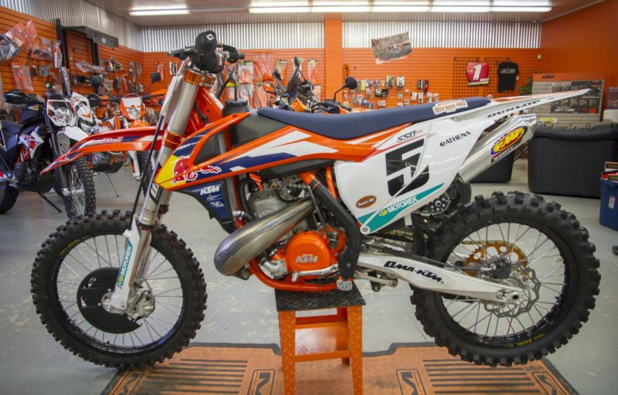 KTM-550-SX-Factory-Edition-Left-Side.jpg