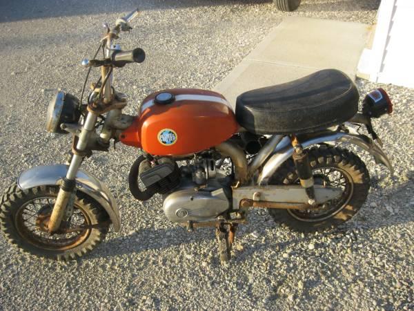 needs some work 1970 moto beta premier bebe 50 bike urious. Black Bedroom Furniture Sets. Home Design Ideas