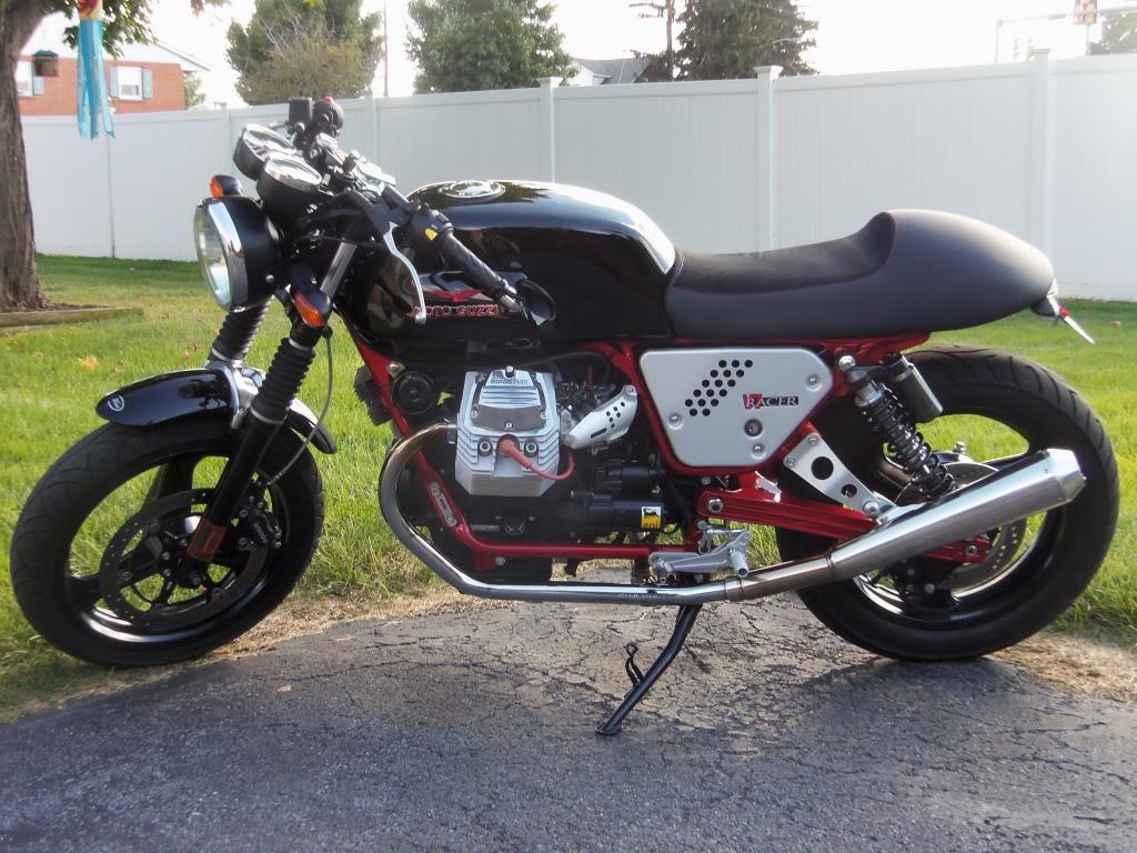 2012 moto guzzi v7 racer for sale bike urious. Black Bedroom Furniture Sets. Home Design Ideas