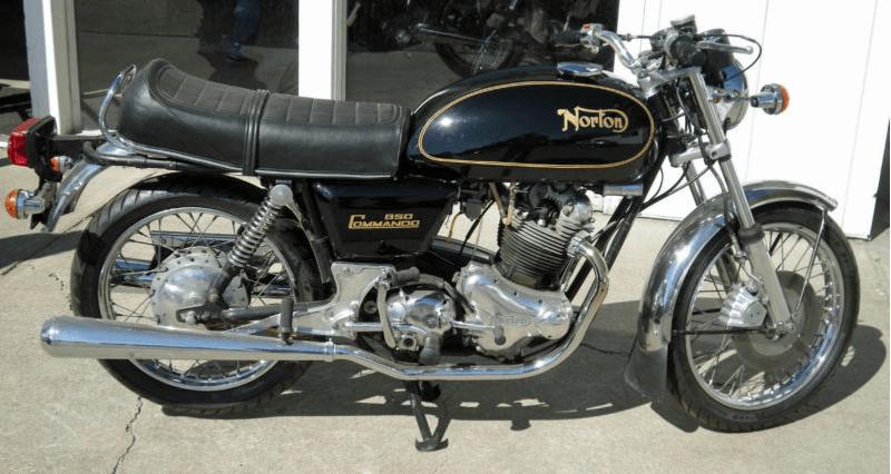 Norton Commando Interstate - 1