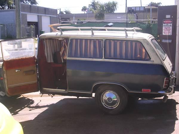 Renault Trike and Camper - Camper