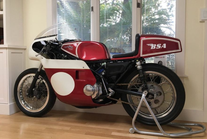 Rob North Frame – 1971 BSA Rocket 3 Racer | Bike-urious