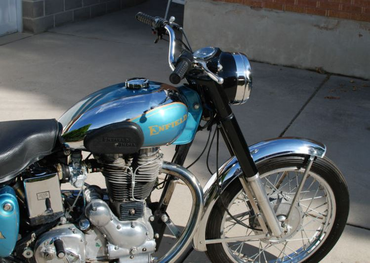 Royal Enfield Bullet 500 - Right Front