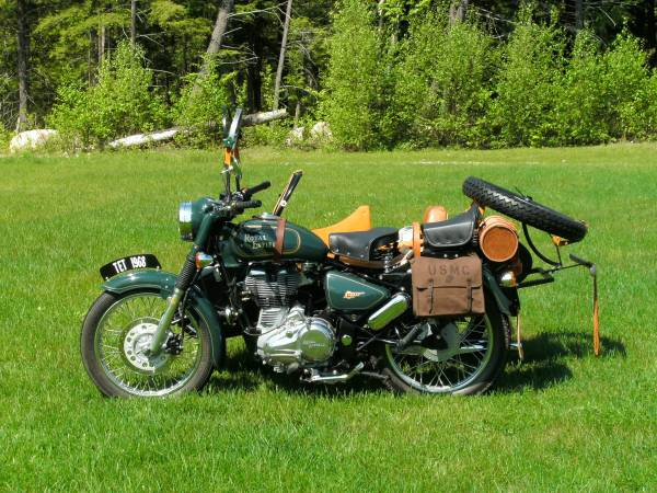 Royal Enfield Bullet with Sidecar - Left Side