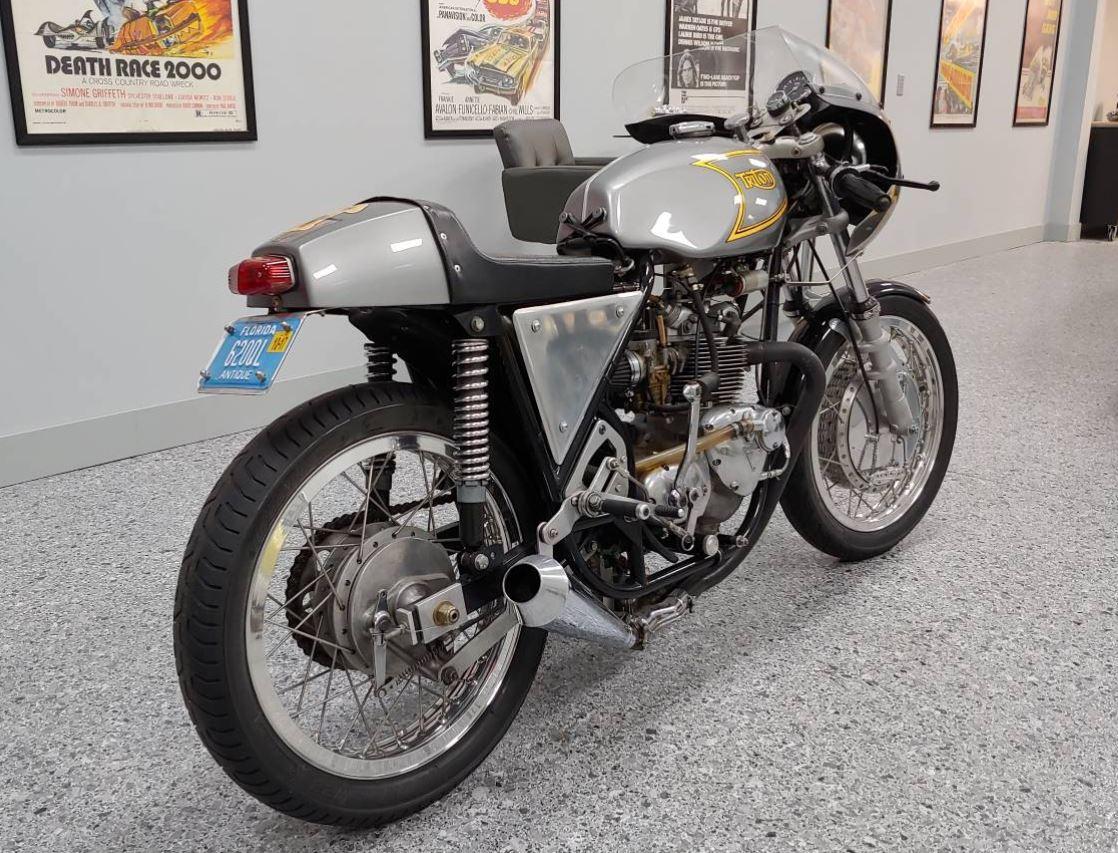 Commando Framed – Triton 500cc