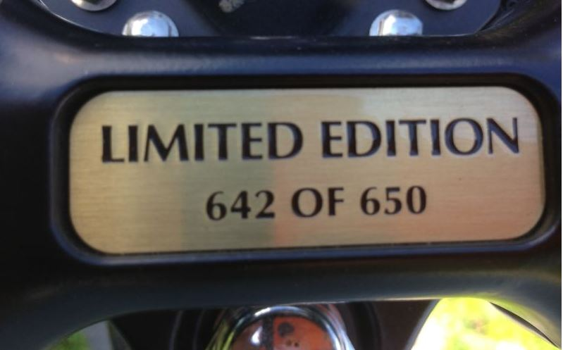 Triumph Bonneville 50th Anniversary Edition - Plaque