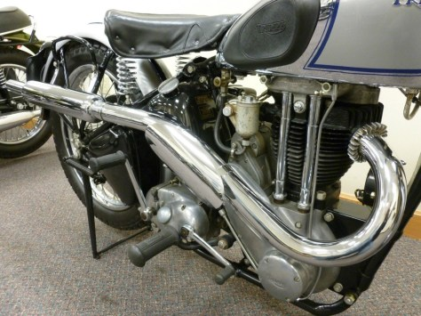 Triumph Tiger T90 - Engine