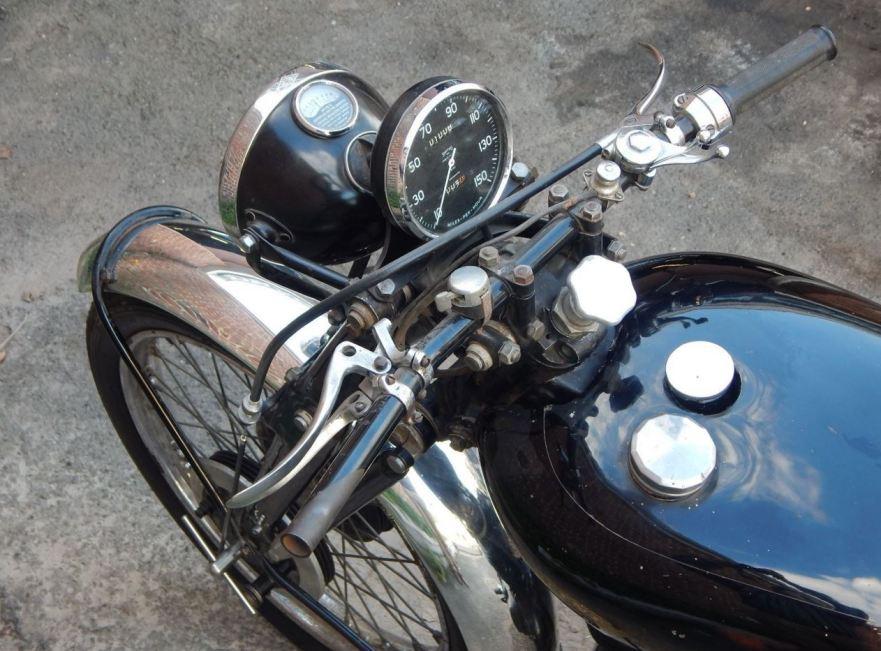 Vincent Black Shadow Series C - Cockpit