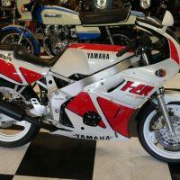 962 Miles - 1989 Yamaha FZR400