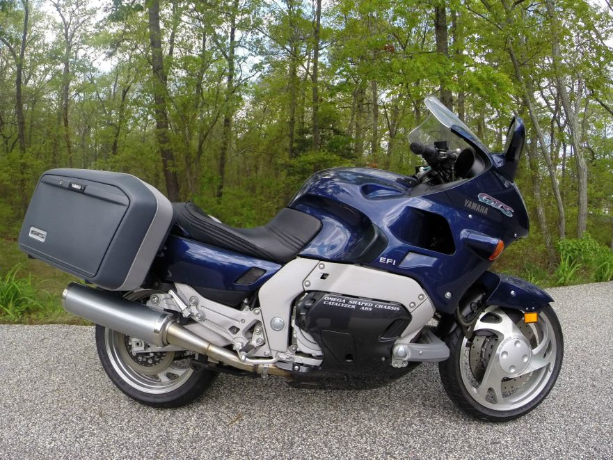 Yamaha GTS1000 - Right Side