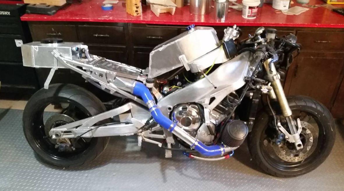 Turbocharged Land Speed Competitor – 2001 Yamaha R1 – Bike-urious