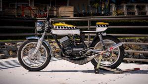 New Auction Bike – 1971 Yamaha R5B Custom